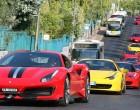 Φαντασμαγορικό θέαμα στον Πειραιά με «πρωταγωνίστριες» 30 Ferrari του Ιταλικού club «Passione Rossa»