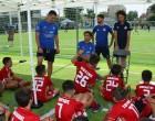 Legends 2004 Youth Cup: 160 παιδιά Ακαδημιών Αθλητικών Σωματείων έπαιξαν ποδόσφαιρο με τις οδηγίες των Πρωταθλητών Ευρώπης του 2004