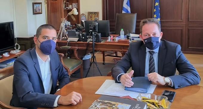 Συνάντηση του Δημάρχου Πόρου Γ. Δημητριάδη με τον Αν. Υπουργό Εσωτερικών Στ. Πέτσα