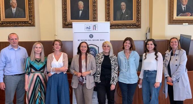 Συνάντηση συνεργαζόμενων τοπικών φορέων και Μονάδας Ενημέρωσης Θυμάτων Εγκληματικότητας Δήμου Πειραιά