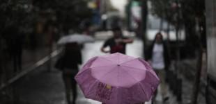Επιδείνωση του καιρού με βροχές και σποραδικές καταιγίδες σε αρκετές περιοχές